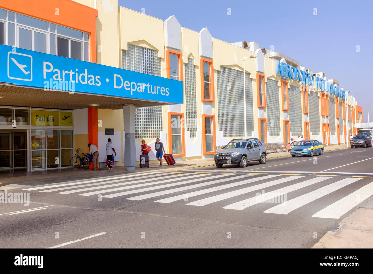 L'accès à la salle d'embarquement à l'Aéroport International Amilcar Cabral, Cap Photo Stock