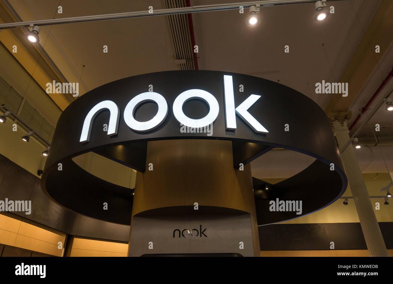 Nook e-reader section à Barnes & Noble à Union Square à New York City Photo Stock