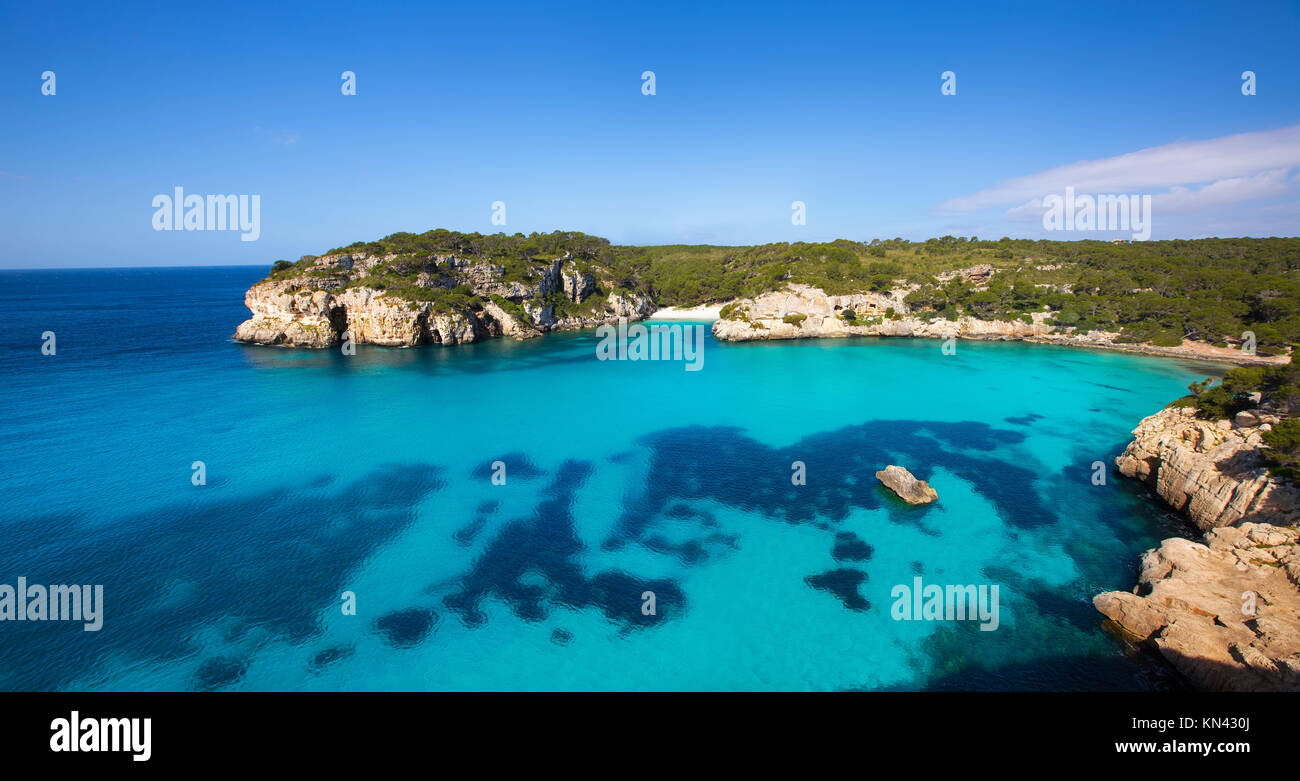 Cala Macarella et plage de Macarelleta ciutadella de menorca Méditerranée îles Baléares. Photo Stock