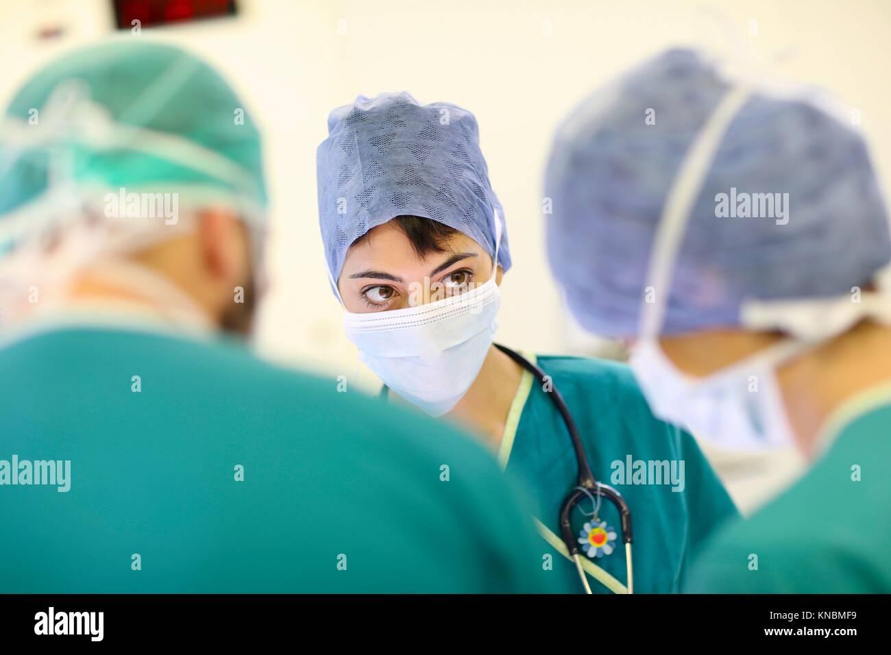Chirurgien, chirurgie, bloc opératoire, hôpital, Espagne Banque D'Images
