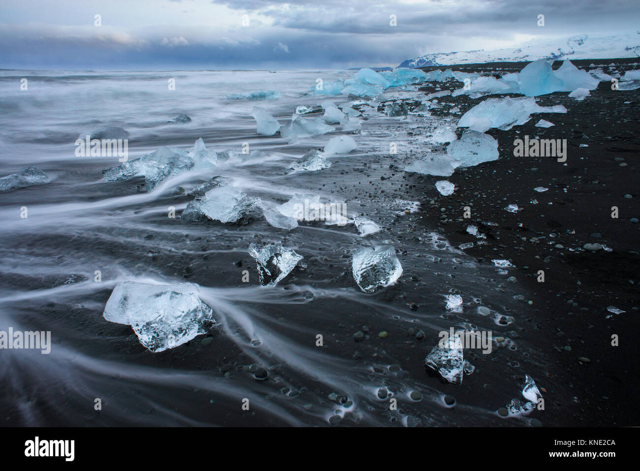 Plage Jokulsarlon en Islande Photo Stock
