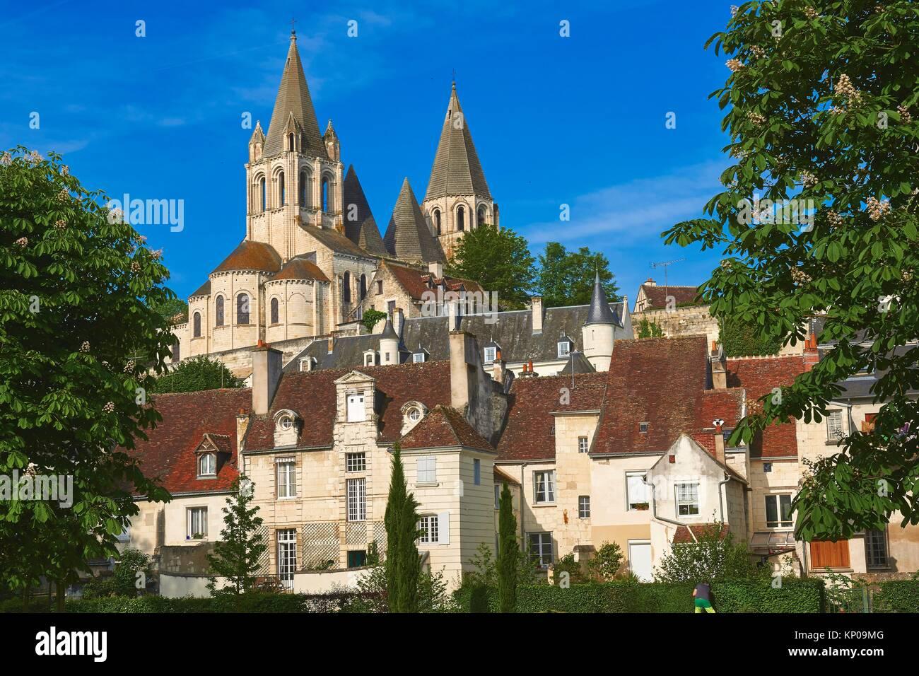 Loches, Église Saint Ours, au crépuscule, en Indre-et-Loire, Touraine, pays de la Loire, Loire Valley, Photo Stock