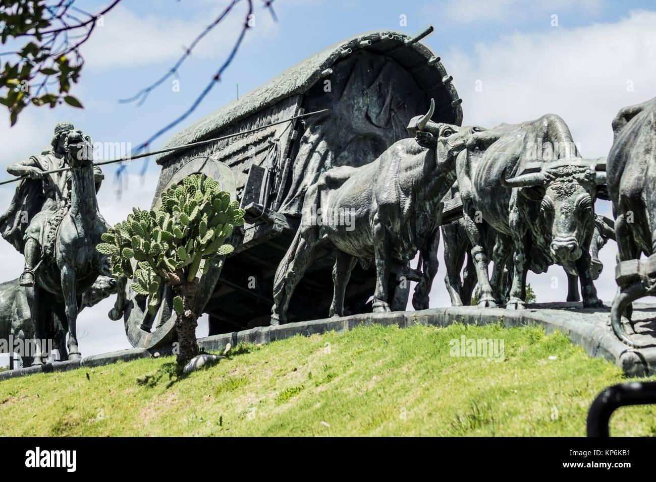 Détail de l'Monumento La Carreta (chariot couvert) sculpture de José Belloni, Montevideo, Uruguay, Photo Stock