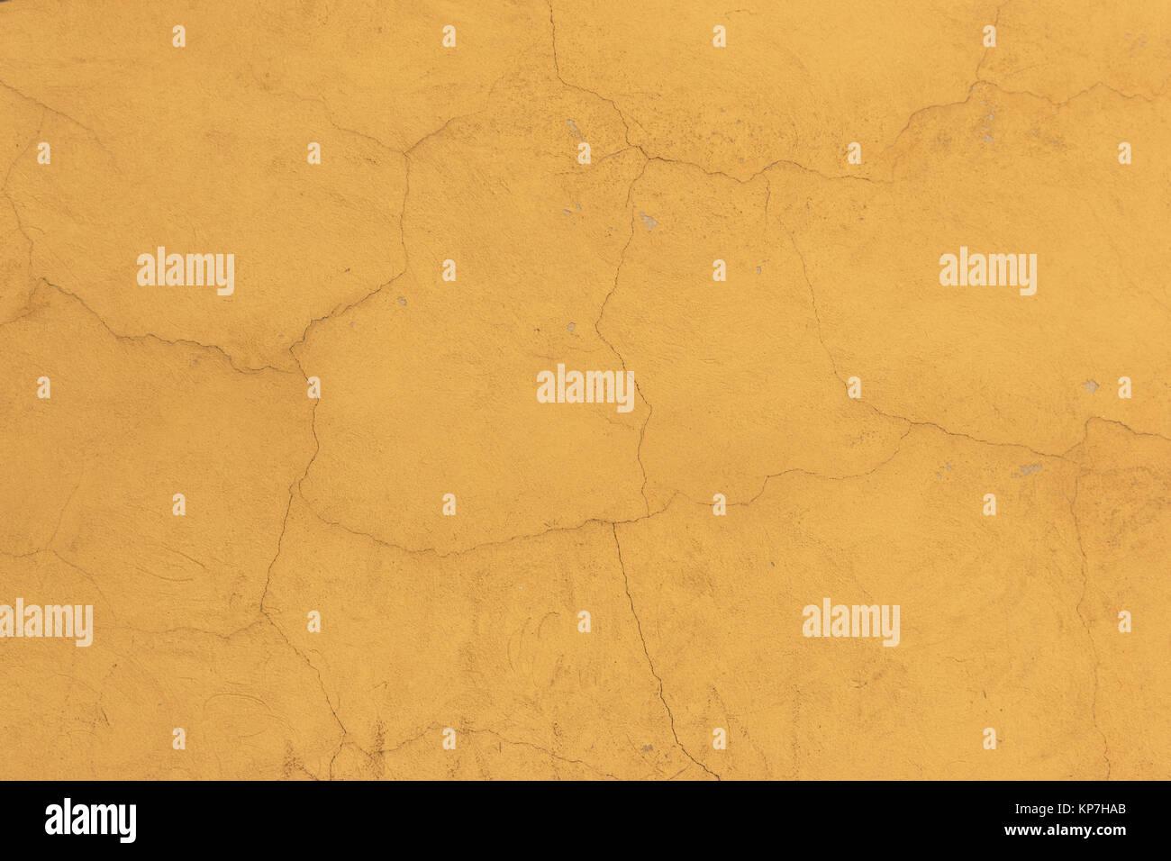 vieux mur jaune craquel comme texture papier peint ou d 39 arri re plan banque d 39 images photo. Black Bedroom Furniture Sets. Home Design Ideas