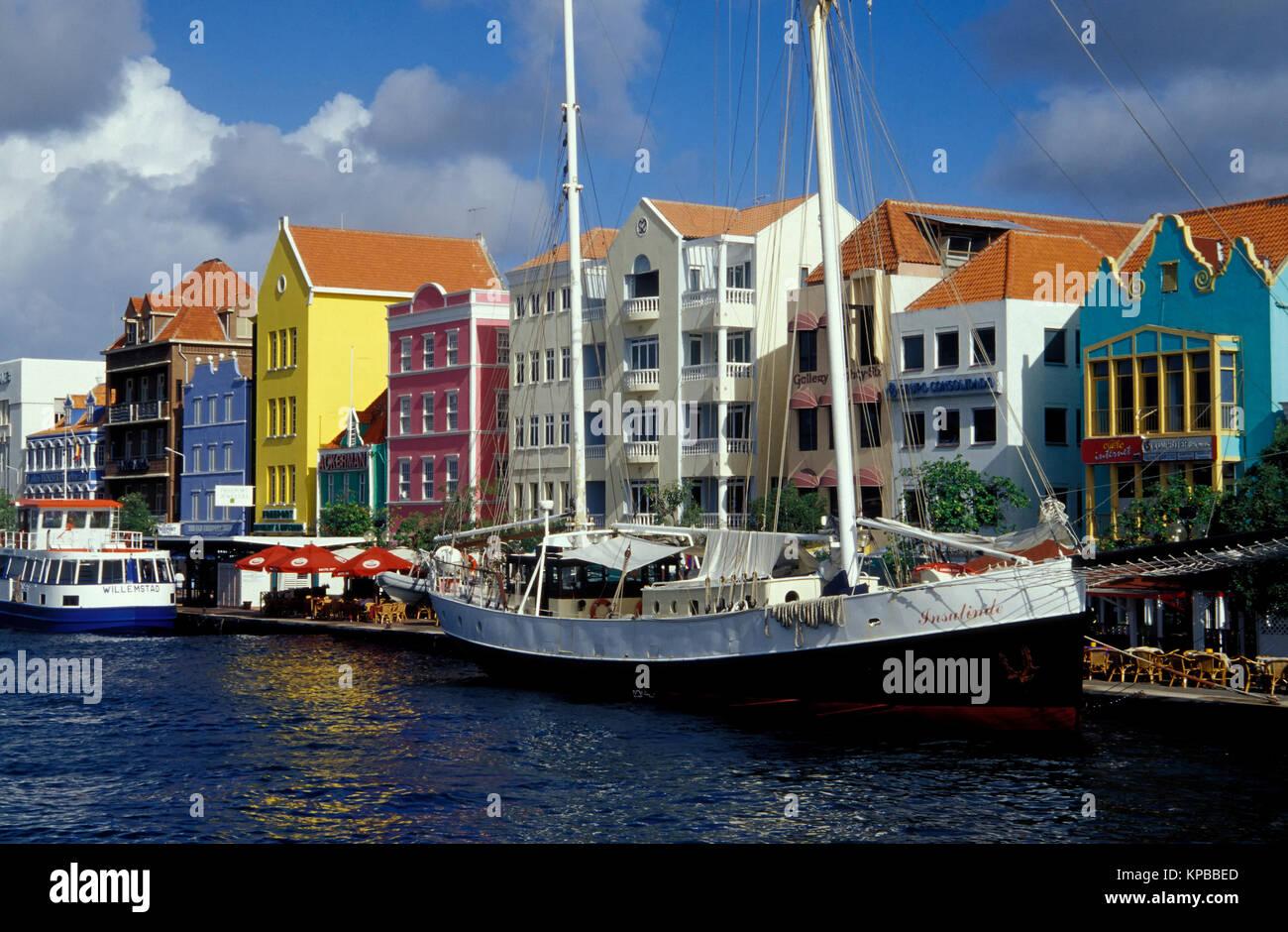 Willemstad, maisons à Handelskade, Curacao, Antilles néerlandaises Banque D'Images