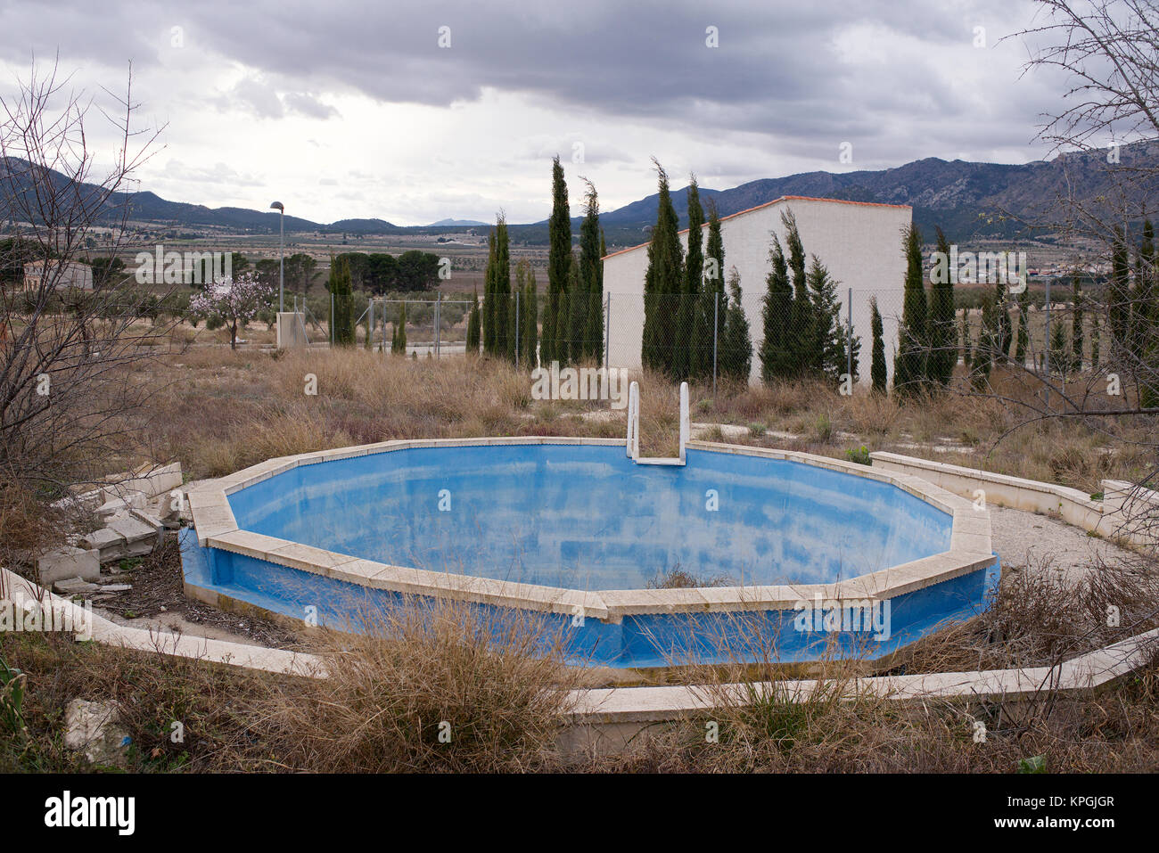abandoned pool photos abandoned pool images alamy. Black Bedroom Furniture Sets. Home Design Ideas
