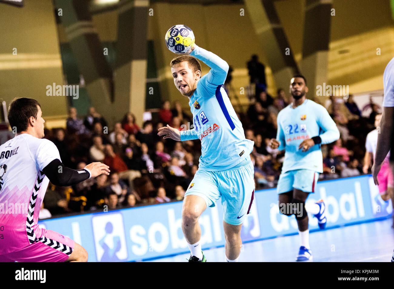 Leon, Espagne. 16 Décembre, 2017. Aleix Gomez (FC Barcelone) en action pendant la match de hand d'espagnol Photo Stock