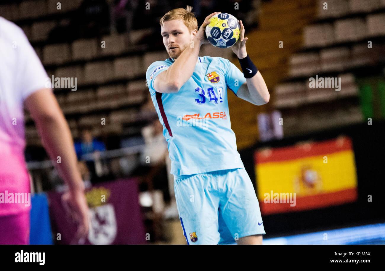 Leon, Espagne. 16 Décembre, 2017. Aron Palmarsson (FC Barcelone) en action pendant la match de hand d'espagnol Photo Stock