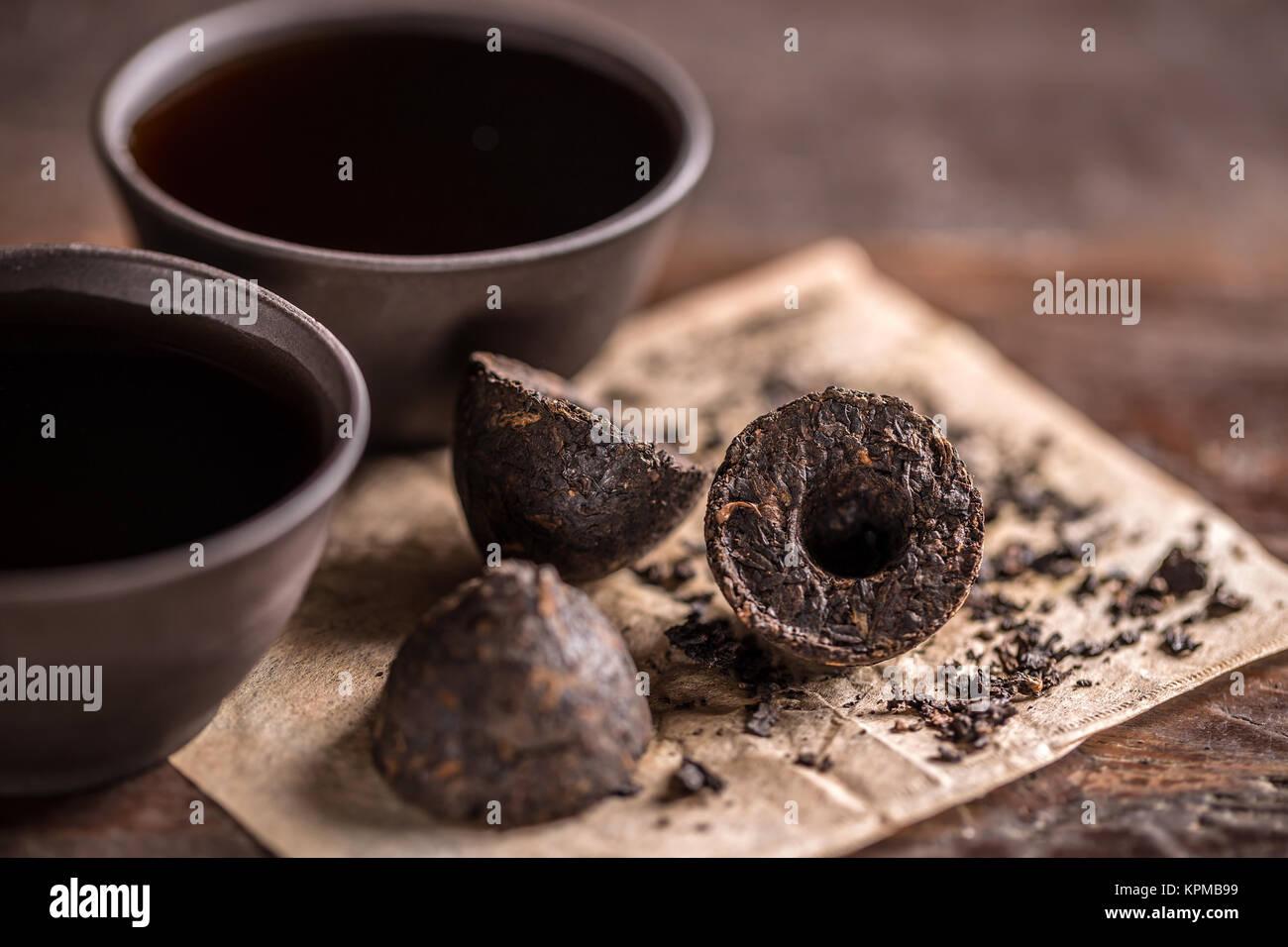 La vie toujours avec le thé pu-erh Banque D'Images