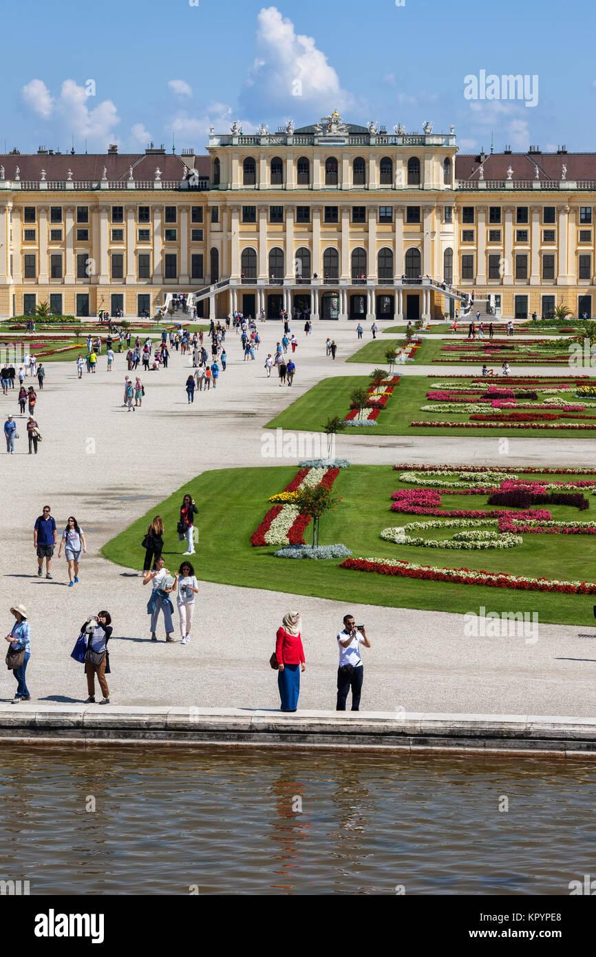Palais de Schonbrunn, imperial summer résidence baroque et les jardins de la ville de Vienne, Autriche, Europe Photo Stock
