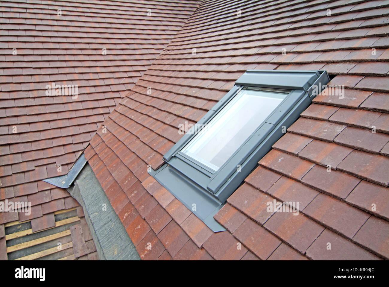 Window Flashing Photos & Window Flashing Images - Alamy