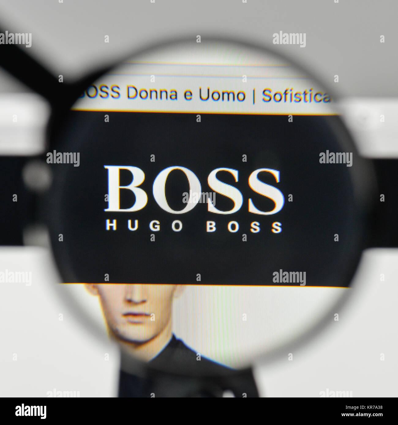Milan, Italie - 1 novembre, 2017   Hugo Boss logo sur la page d 5bce0965d79a