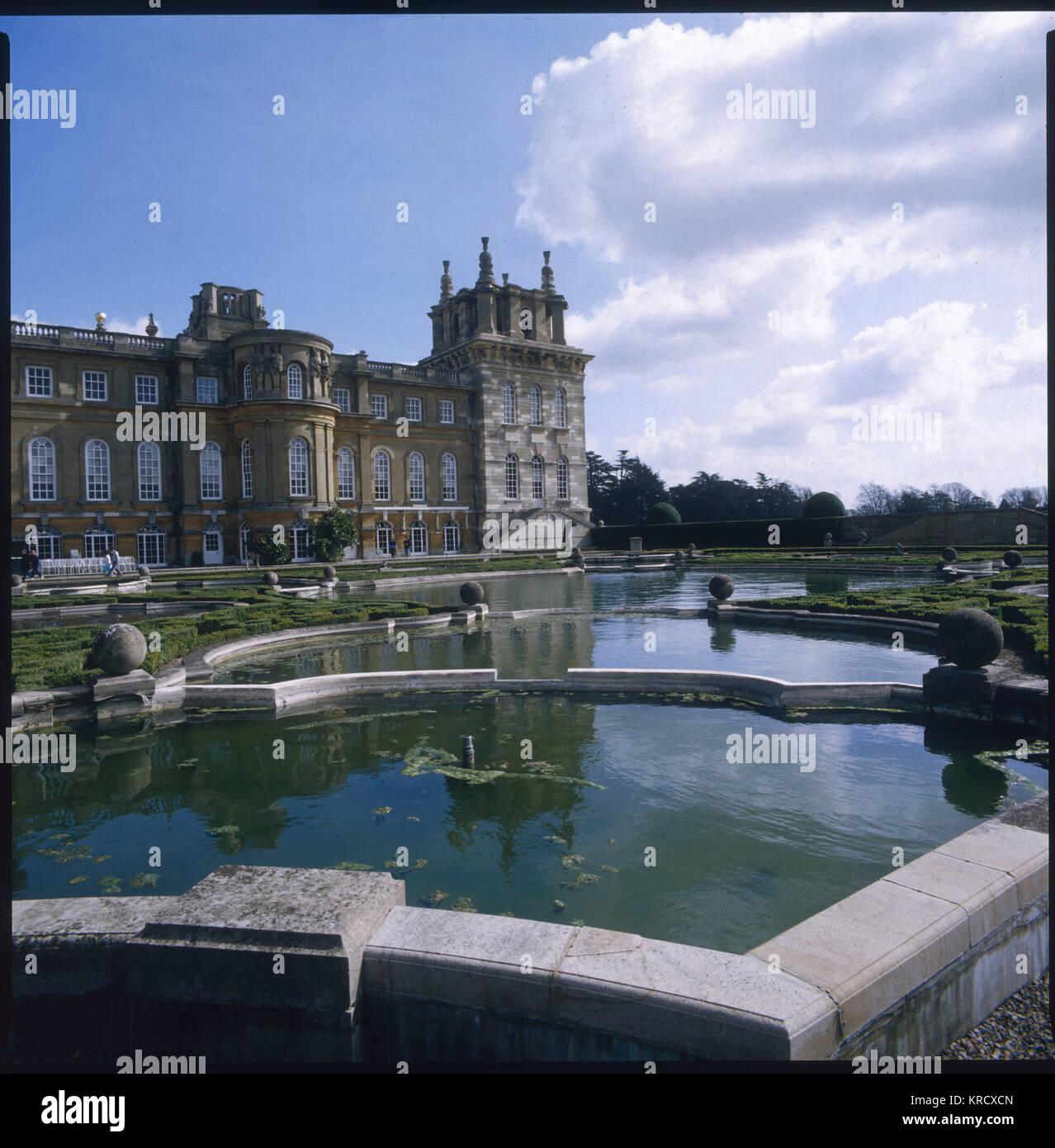 Le magnifique Palais de Blenheim dans l'Oxfordshire, construit par la reine Anne pour le 1er duc de Marlborough Photo Stock