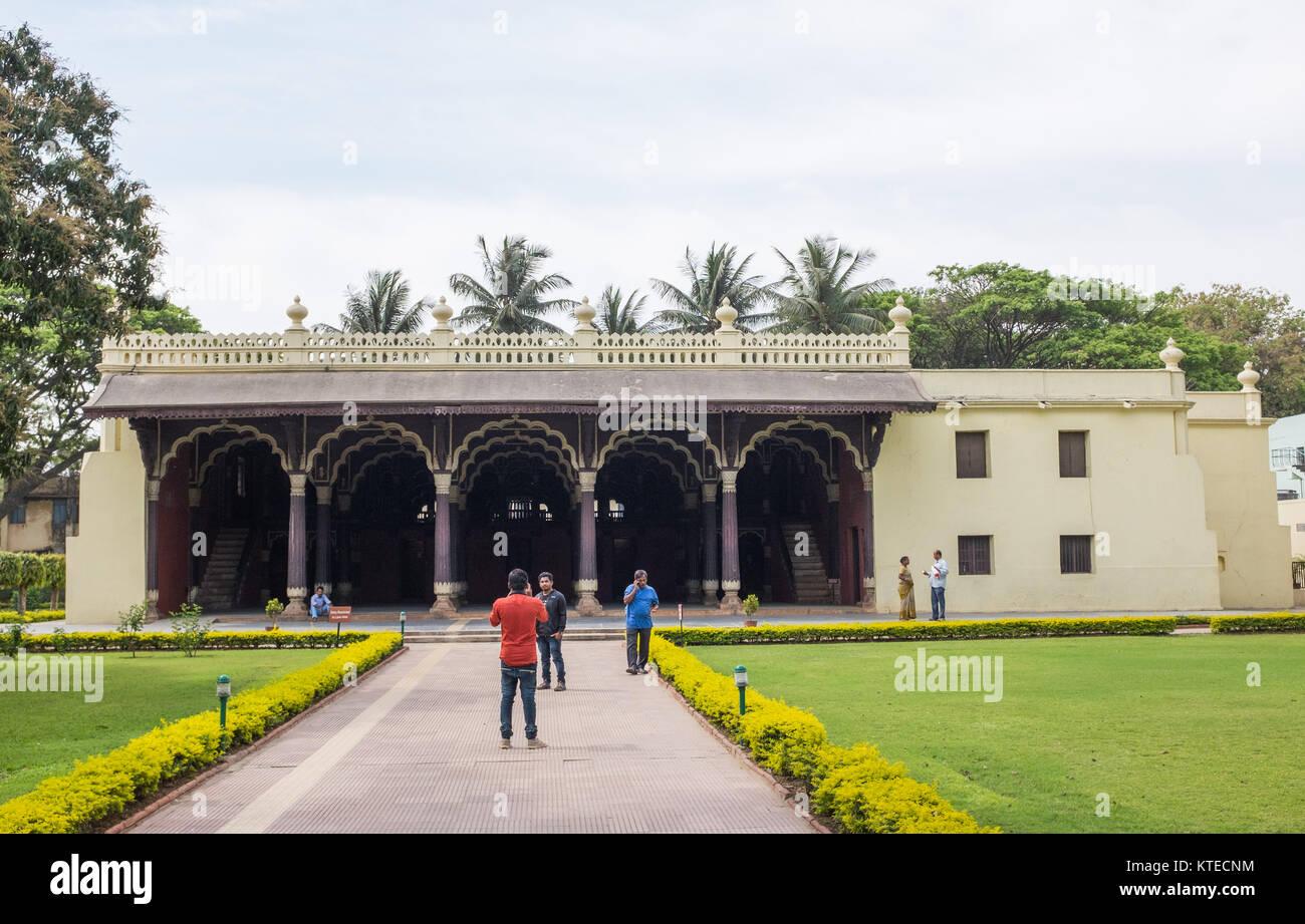 D'été de Tipu Sultan Palace, Bangalore, Karnataka, Inde. Banque D'Images