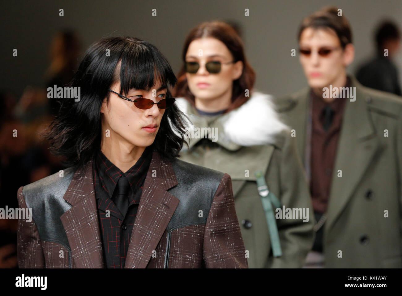 Londres, Royaume-Uni. 06 Jan, 2018. 6 janvier 2018 John Lawrence Sullivan catwalk au London Fashion Week AW18 pour Photo Stock