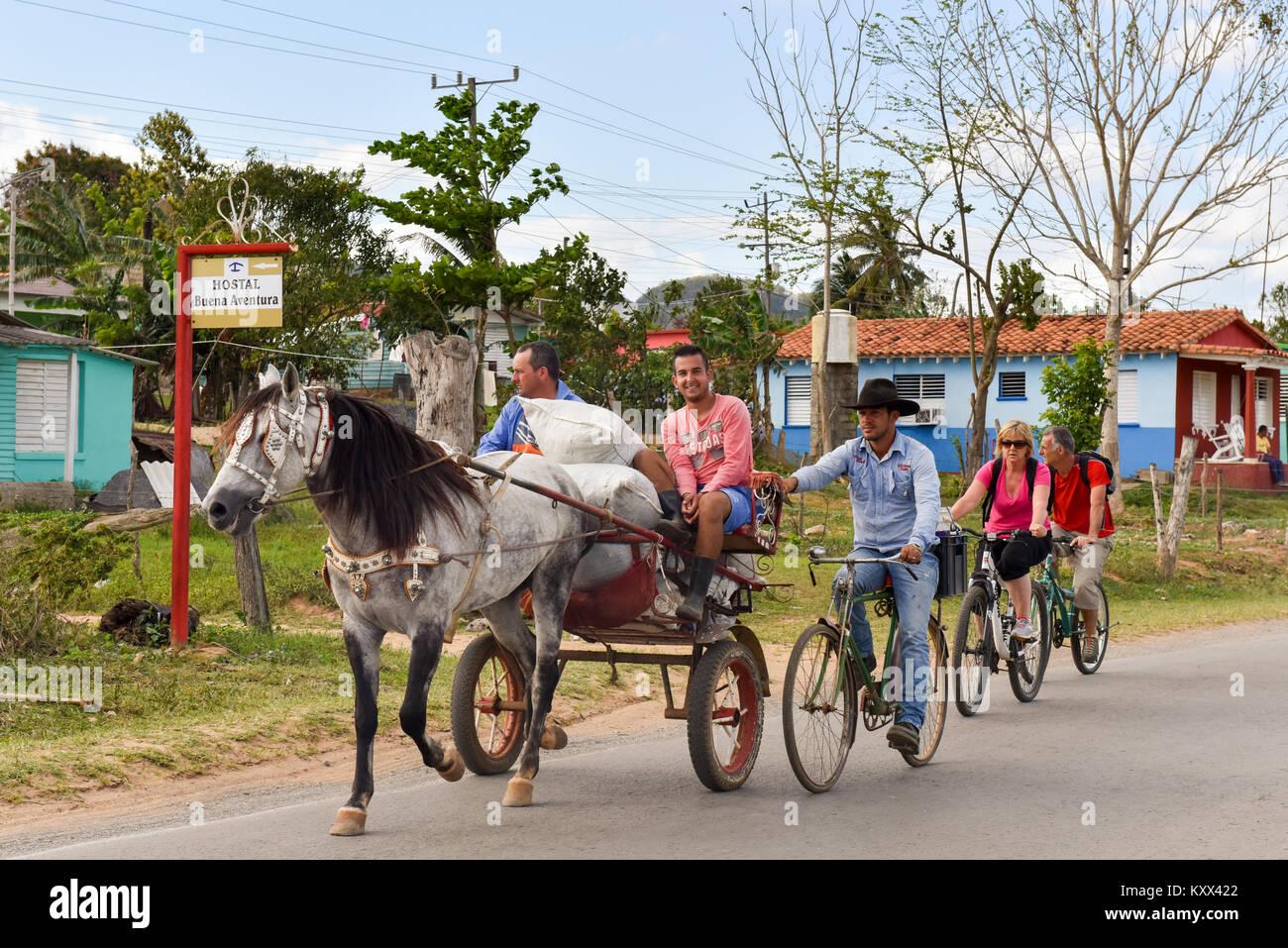 Les habitants et les touristes à Pinar del Rio Cuba Photo Stock