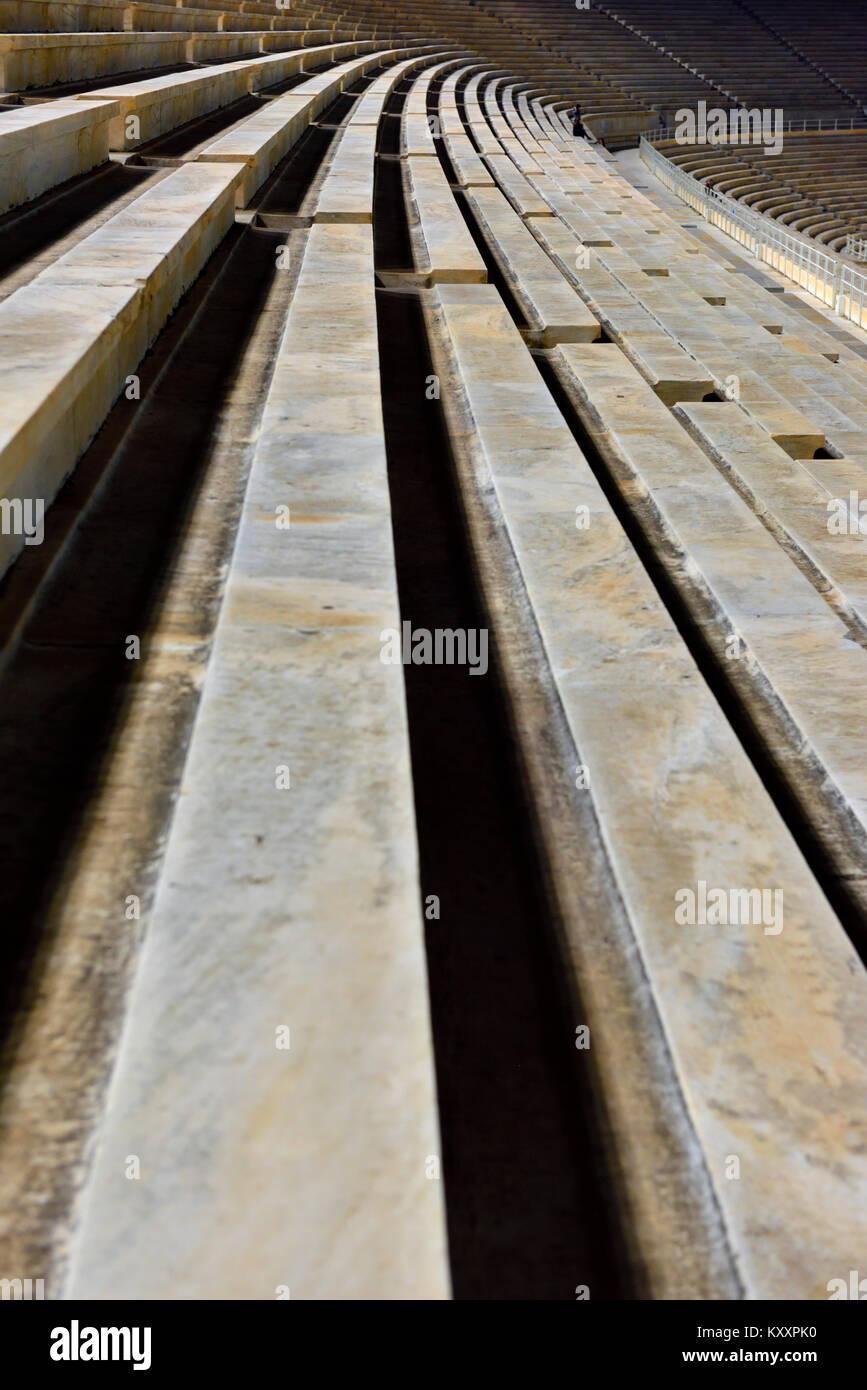 Résumé de longues lignes de pierre coin avec légère courbe Photo Stock
