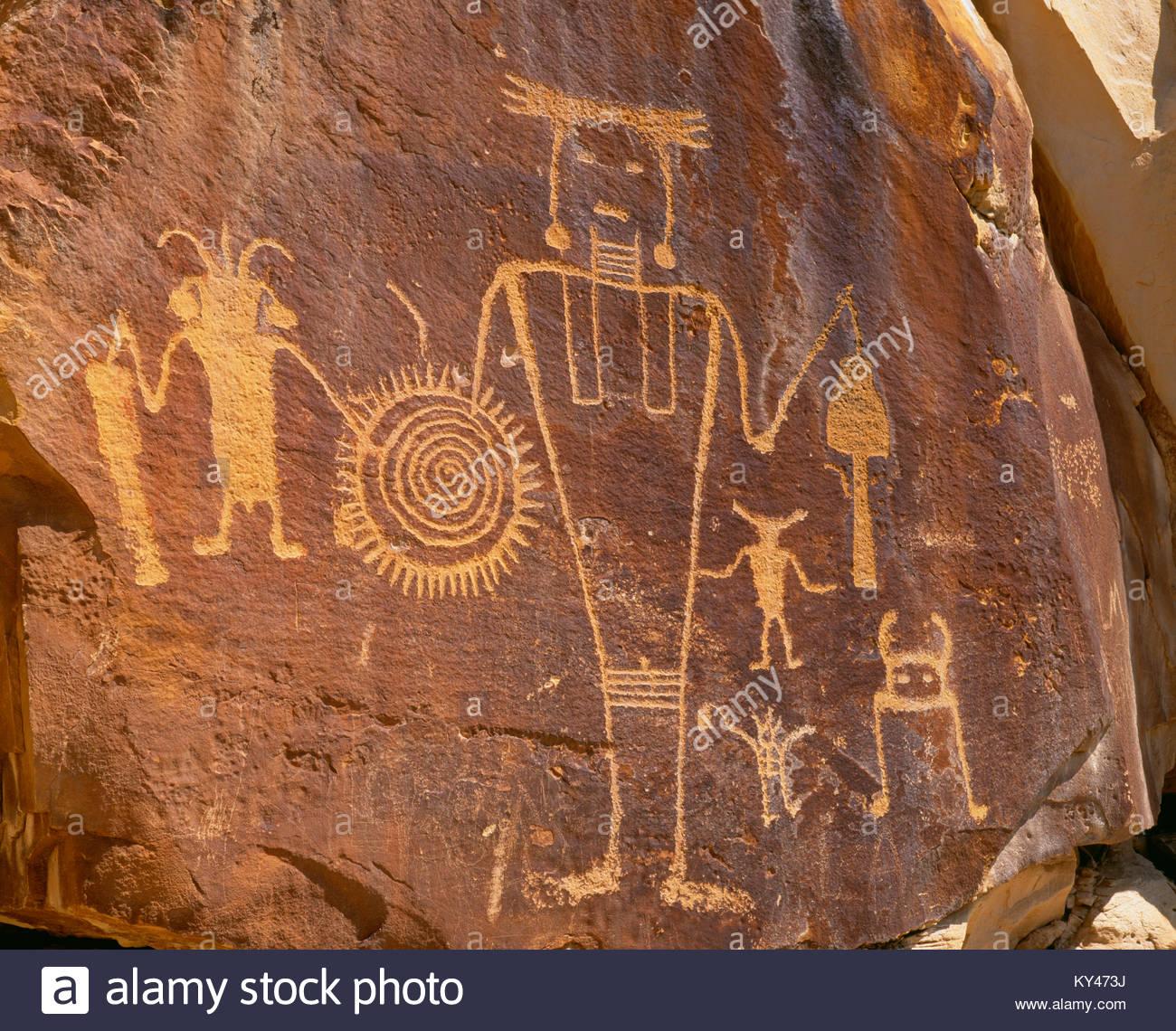 0313-1000 ~ Copyright: George H. H. Huey ~ culture Fremont pétroglyphes à McKee au printemps. [A.D. Photo Stock