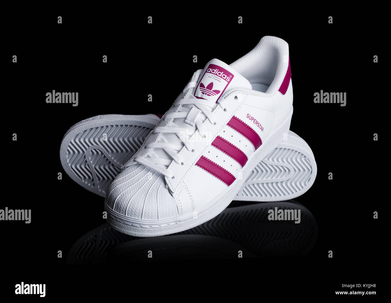 Rt Adidas Superstar Chaussures Superstar Adidas Rouge xtCdshQrB