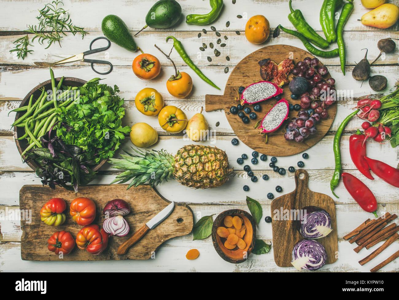 helathy fond cuisine vegan aliments crus t l vision jeter des fruits frais l gumes verts et. Black Bedroom Furniture Sets. Home Design Ideas