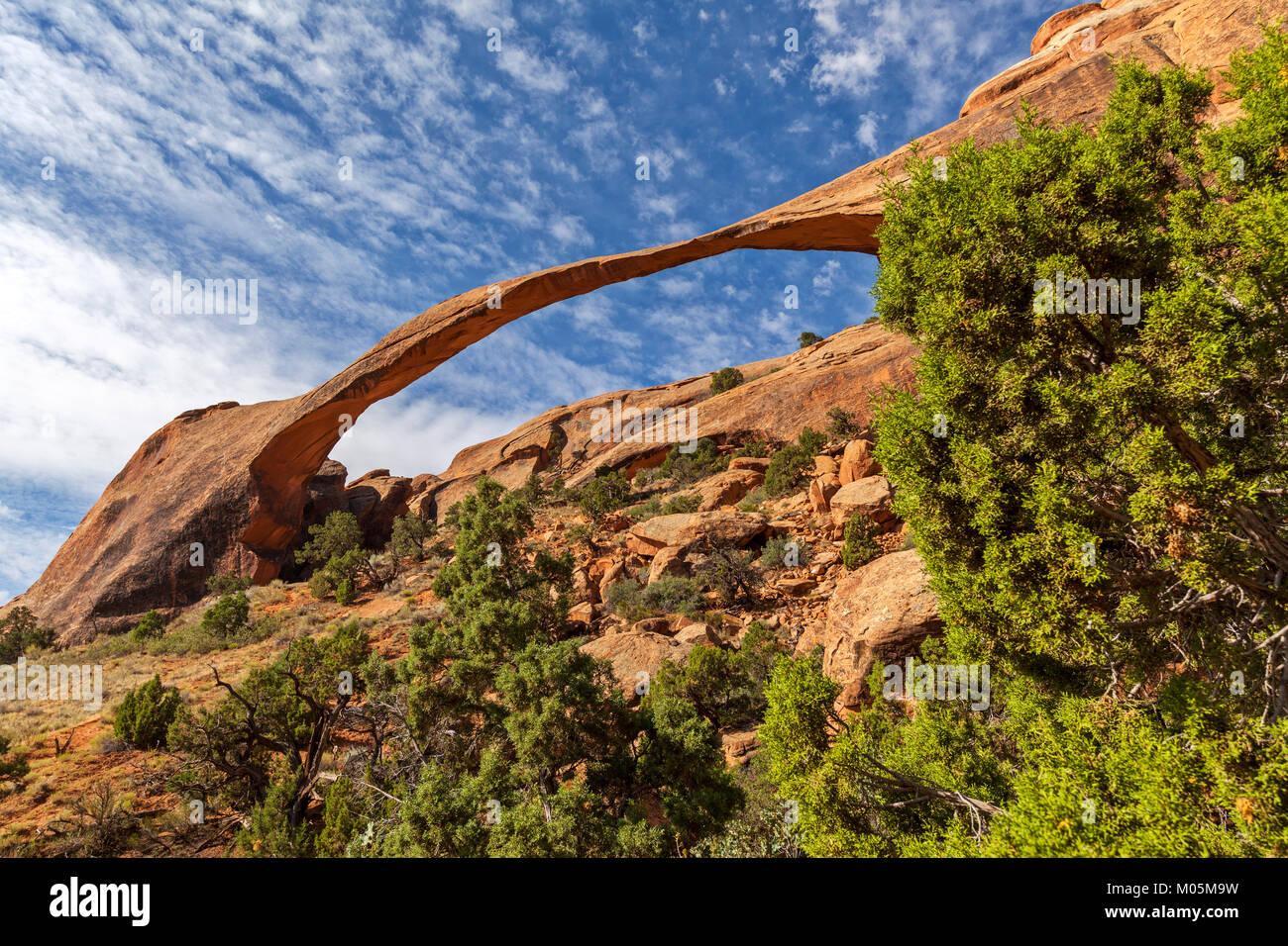 La Landscape Arch dans Parc National Arches dans l'Utah. Photo Stock