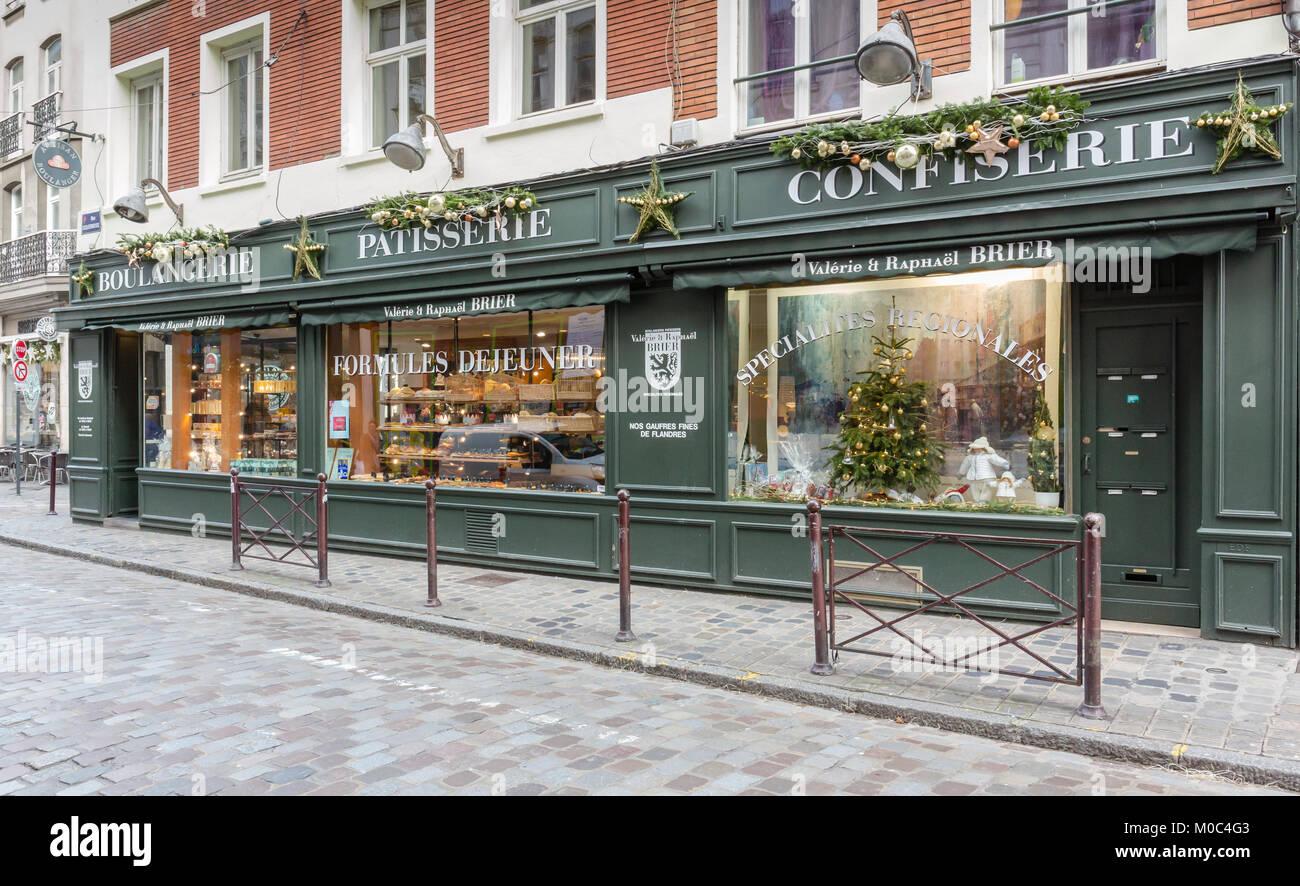 Ext rieur de la boulangerie p tisserie brier 39 sur la rue esquermoise lille france banque d - Magasin meuble lille rue esquermoise ...