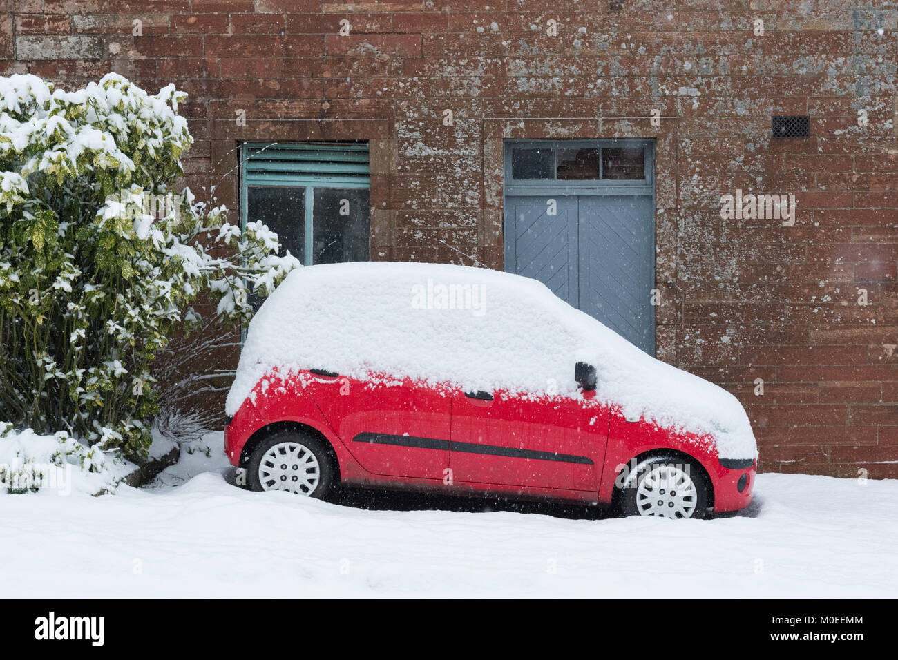 Killearn, Stirlingshire, Scotland, UK - 21 janvier 2018: UK - les fortes chutes de neige dans le Stirlingshire village de Killearn Crédit: Kay Roxby/Alamy Live News Banque D'Images