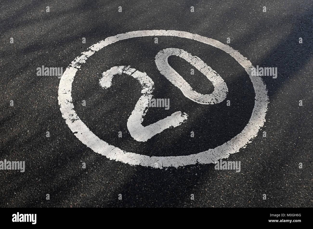20 mph vitesse limite minimal Photo Stock