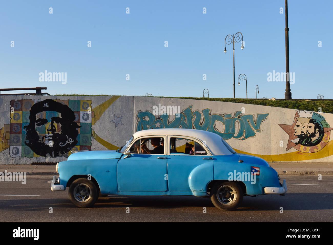Voiture de la Vieille Havane Banque D'Images