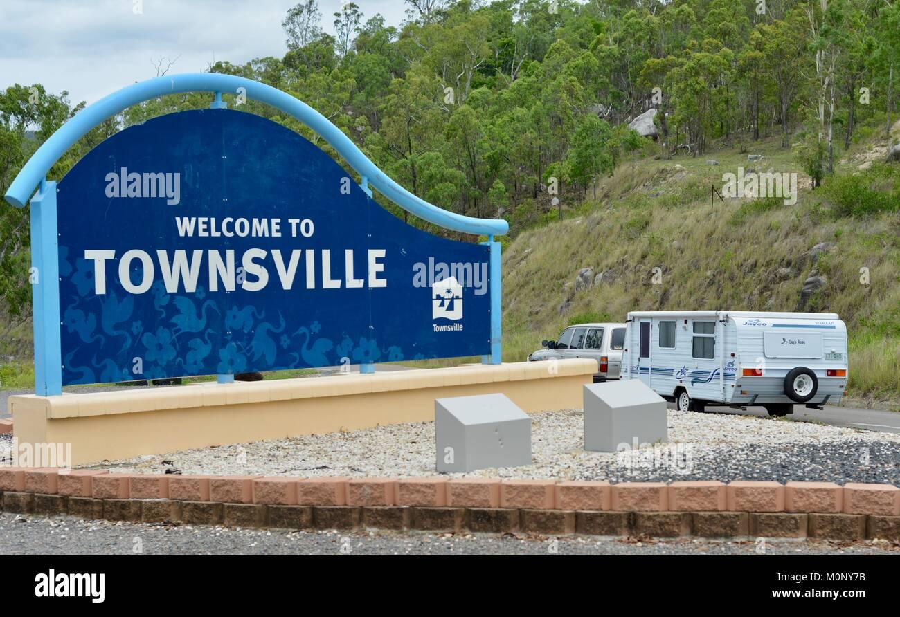 Bienvenue à Townsville signeront à l'Herveys Range lookout, Hervey, Queensland, Australie Photo Stock