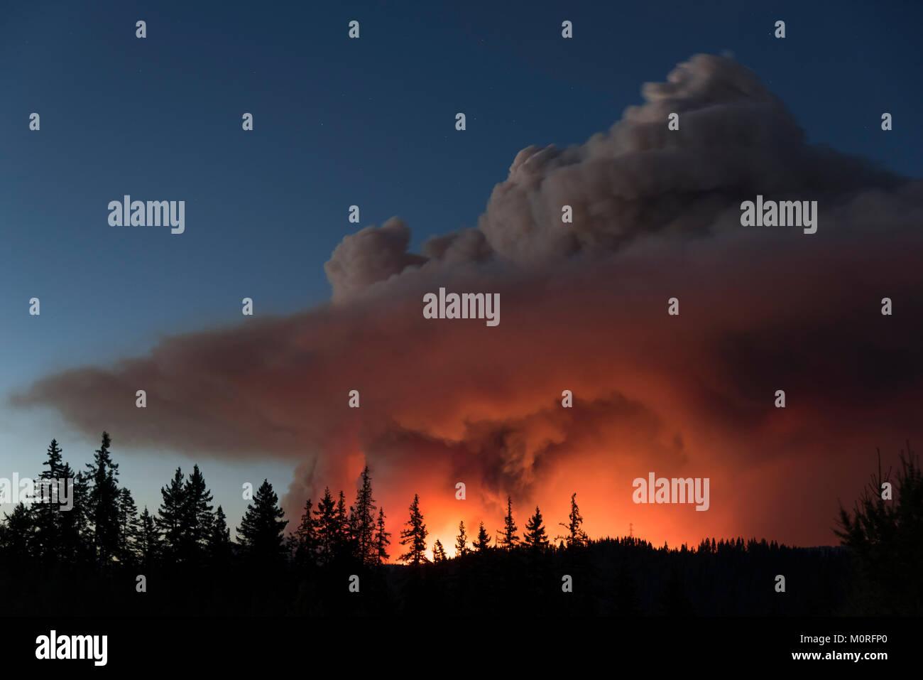 Une image de l'incendie de la montagne Jolly dans les Cascades mountains près de Cle Elum, Washington, Photo Stock