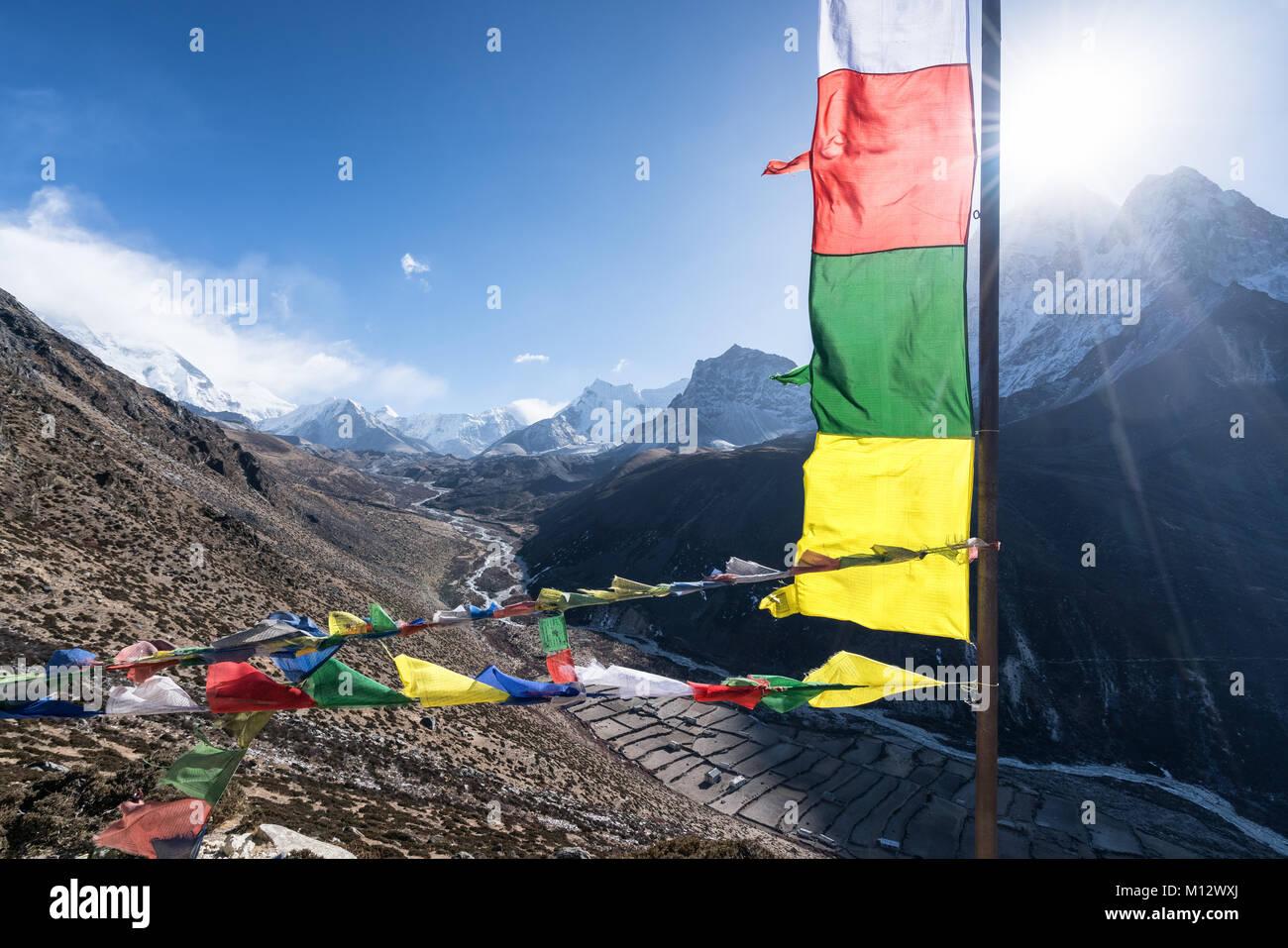 Vues d'un trek d'acclimatation au-dessus de Dingboche, Népal Photo Stock