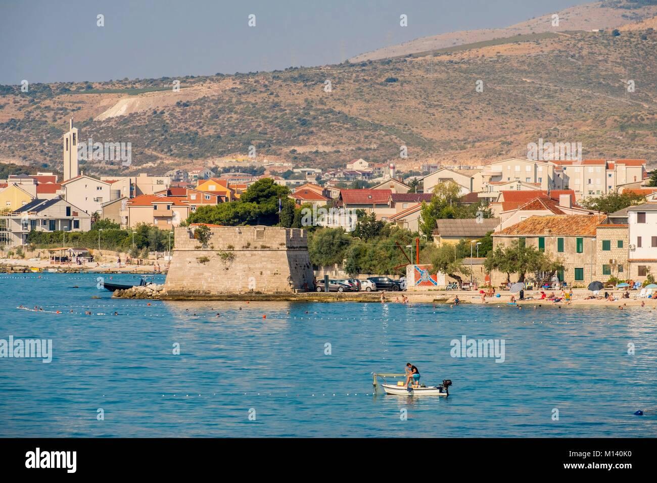 La Croatie, Dalmatie du Nord, de la côte dalmate, archipel de Zadar, Split, Kastel Novi Harbour Photo Stock