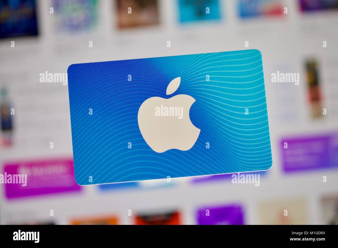 Carte Cadeau Apple.Carte Cadeau Itunes D Apple Banque D Images Photo Stock 173080430