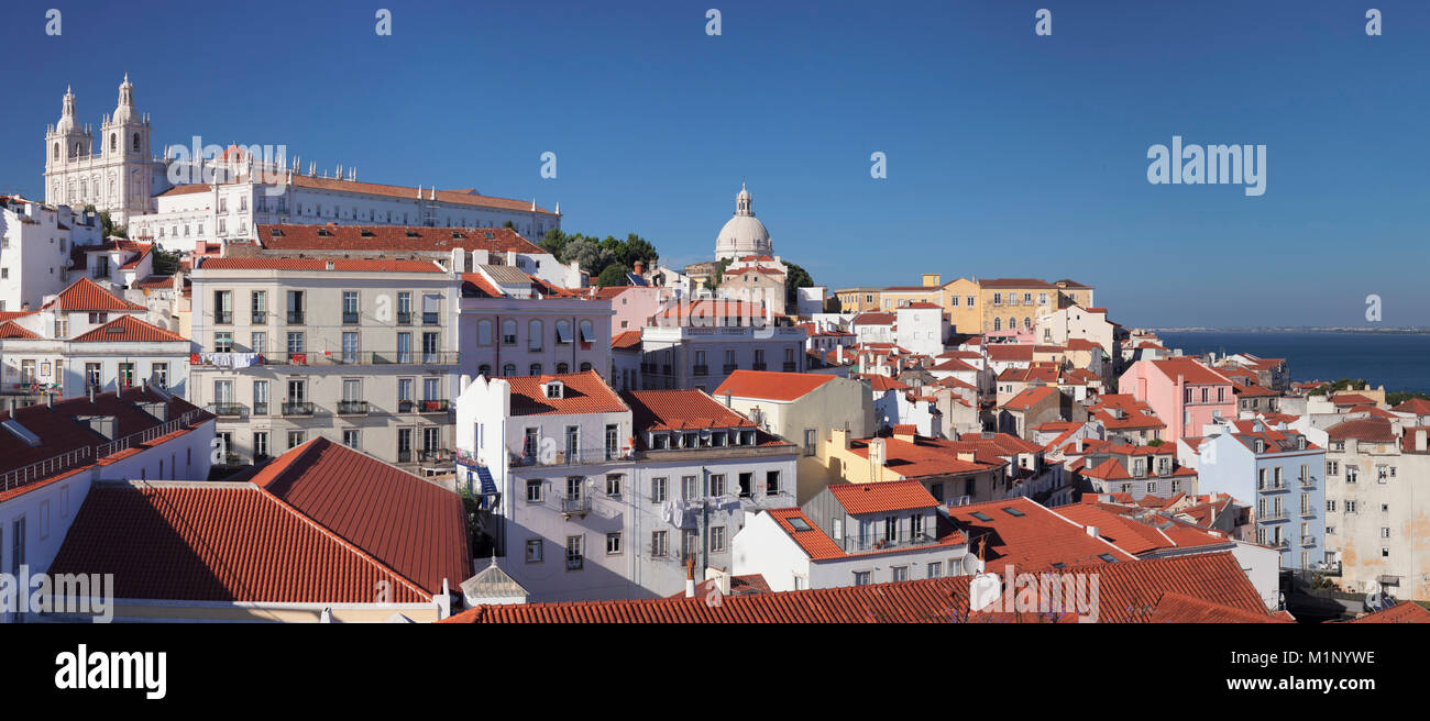 Point de vue de Santa Luzia, le monastère de São Vicente de Fora, Panthéon National, d'Alfama, Photo Stock