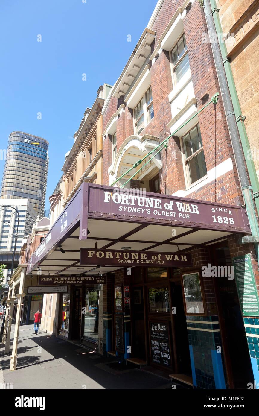 La fortune de la guerre, le plus vieux pub de Sydney, George St, The Rocks, Sydney, NSW, Australie Banque D'Images