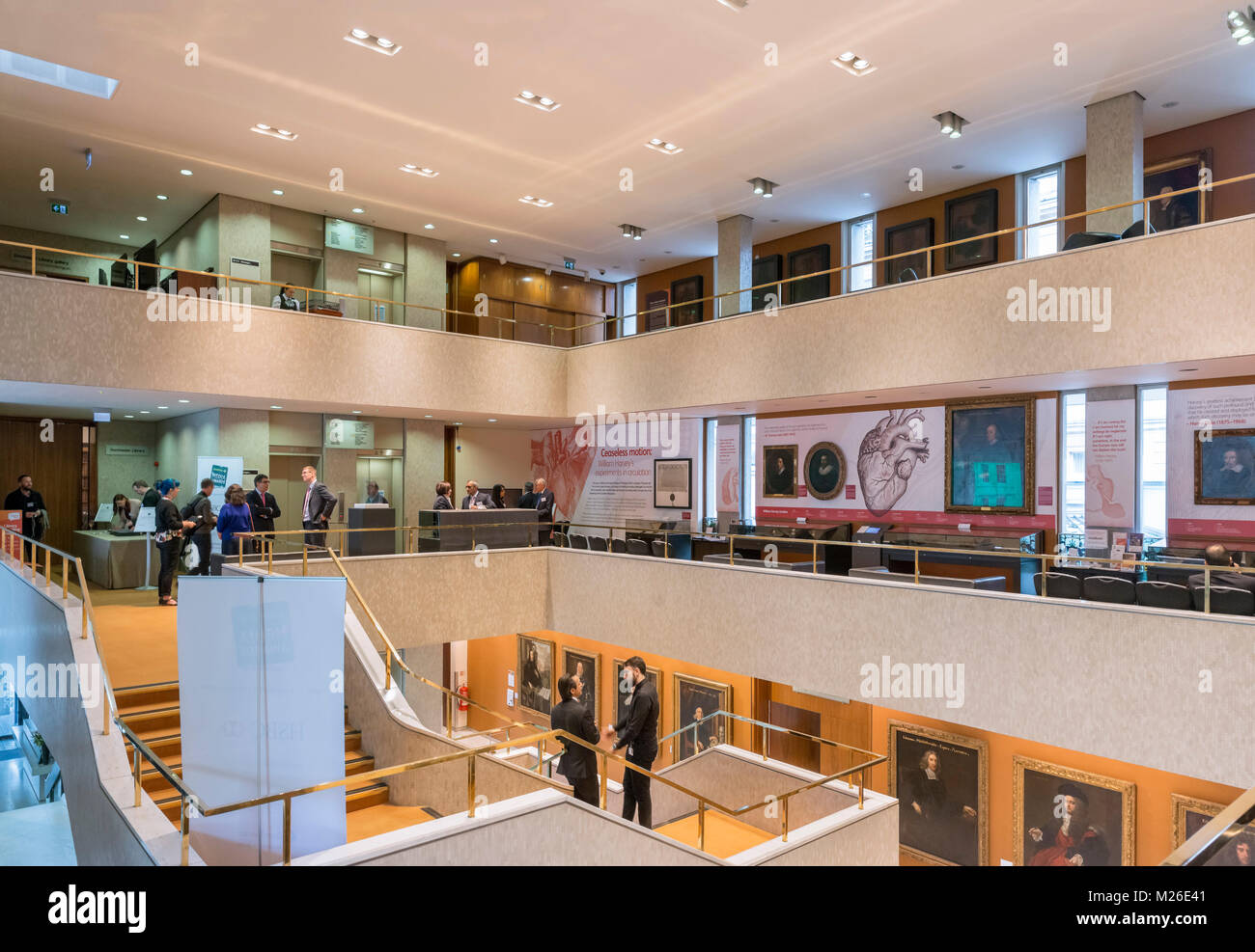 Intérieur du Collège royal des médecins, London, England, UK Banque D'Images