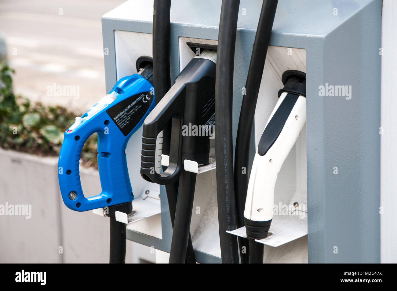 Prague, République tchèque, 2 février 2018, station de charge pour les voitures électriques Photo Stock