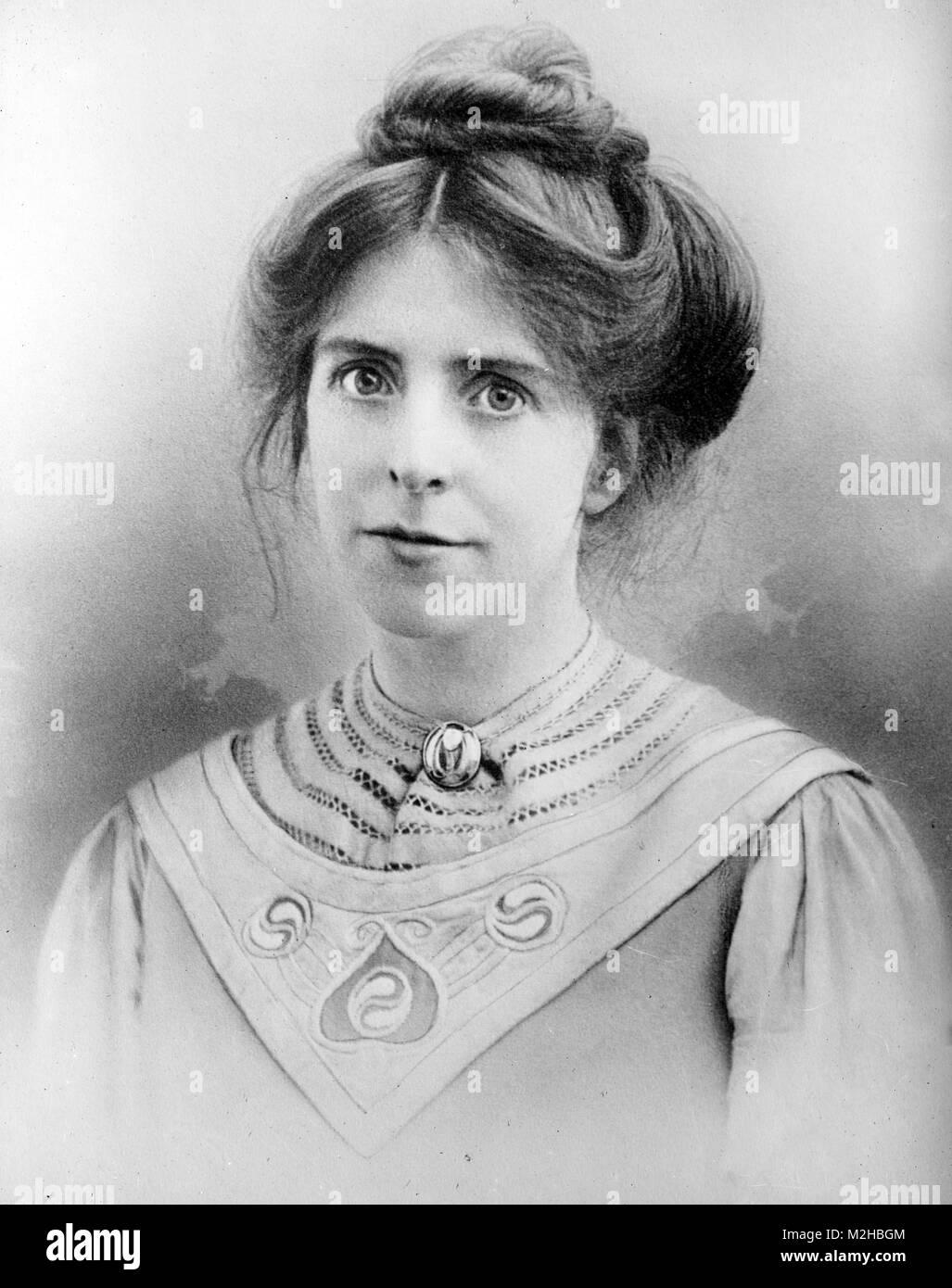 Annie Kenney (1879 - 1953) de la classe ouvrière anglaise qui est devenu des suffragettes une figure de premier plan de l'Union sociale et politique Banque D'Images