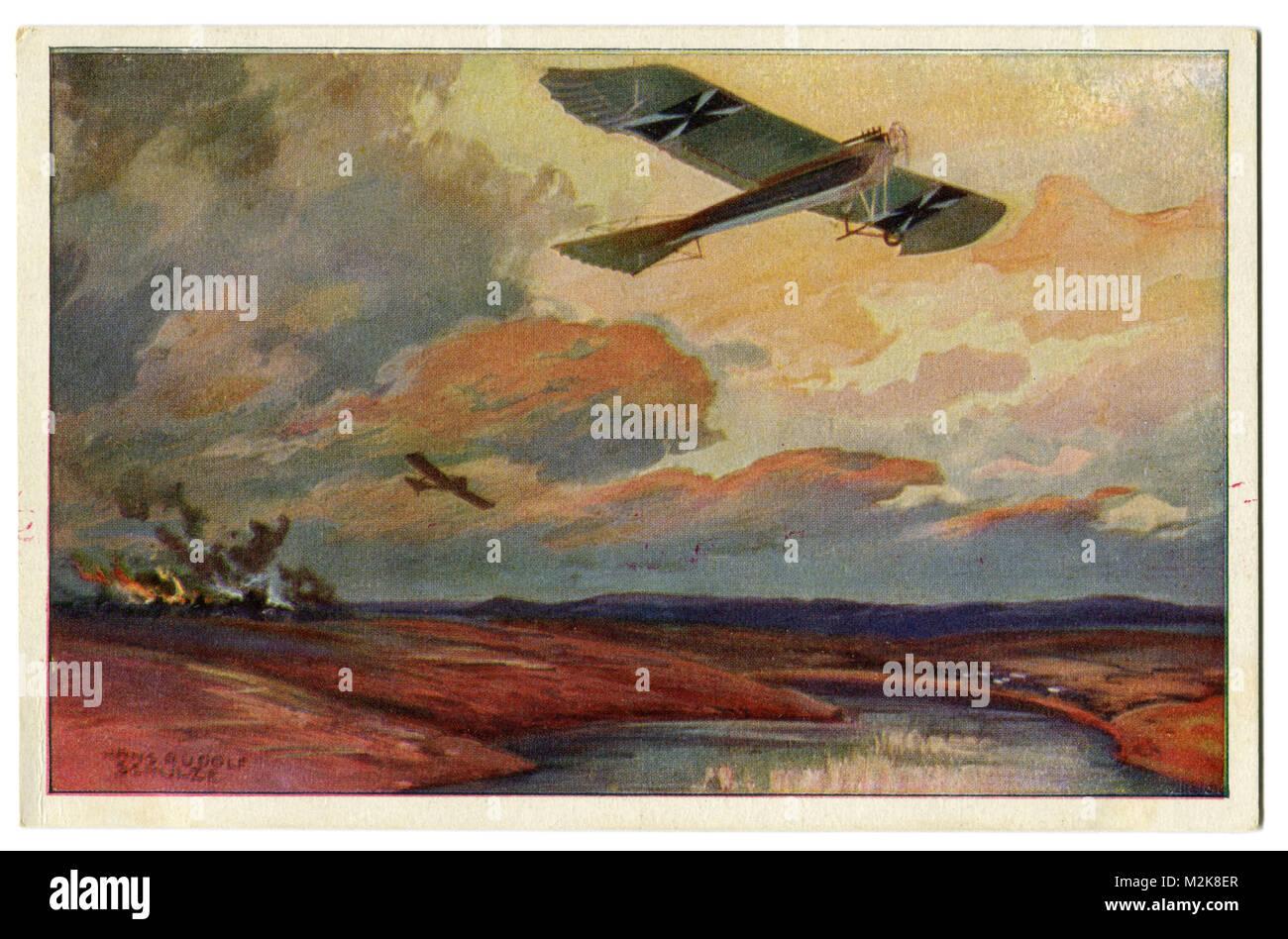 Ancienne carte postale avion militaire allemand Taube sur vol de reconnaissance à la Mazurie Lacs. Première guerre mondiale de 1914-1918, l'empire russe, front de l'Est Banque D'Images