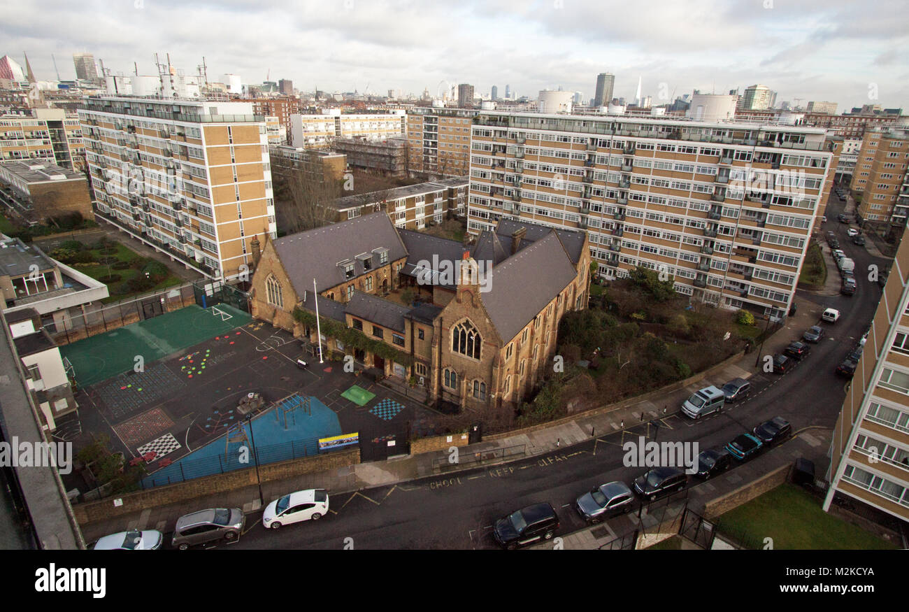 Churchill Gardens Estate, St Gabriels School de Ripley - Pimlico, Londres, Angleterre Photo Stock