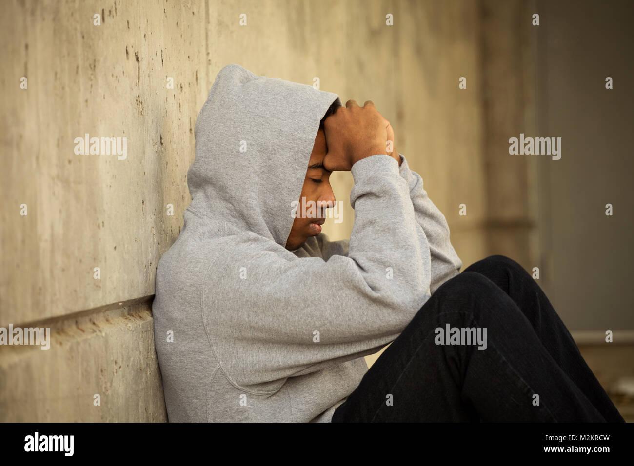 Les jeunes Afro-américains de dépression de l'adolescence. Photo Stock