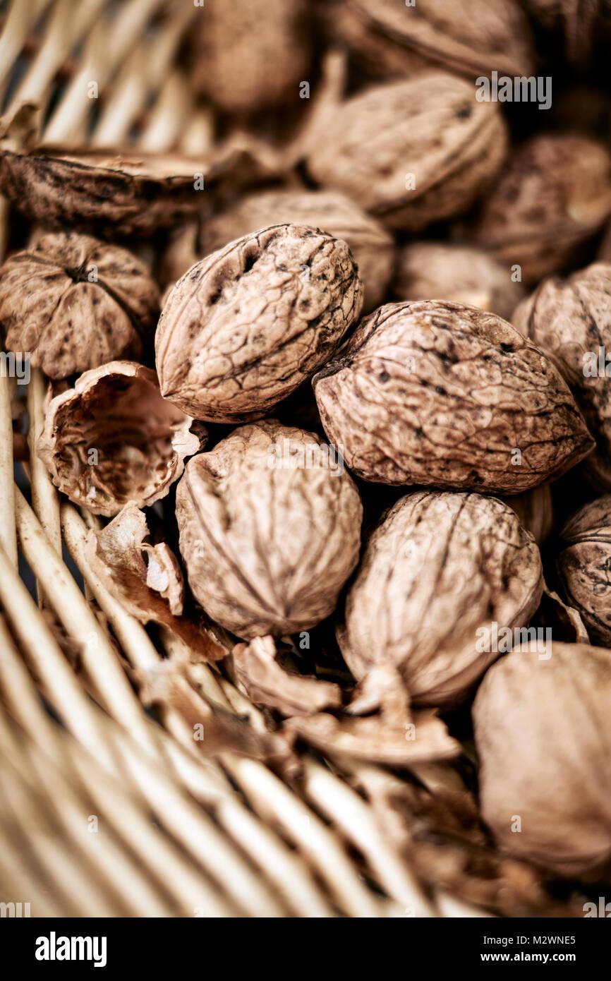 Noix produites localement à vendre en Dordogne France Photo Stock