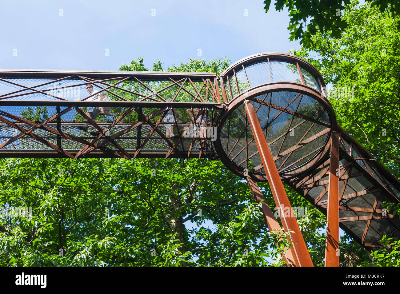 L'Angleterre, Londres, Richmond, Kew Gardens, le Treetop Walkway Photo Stock