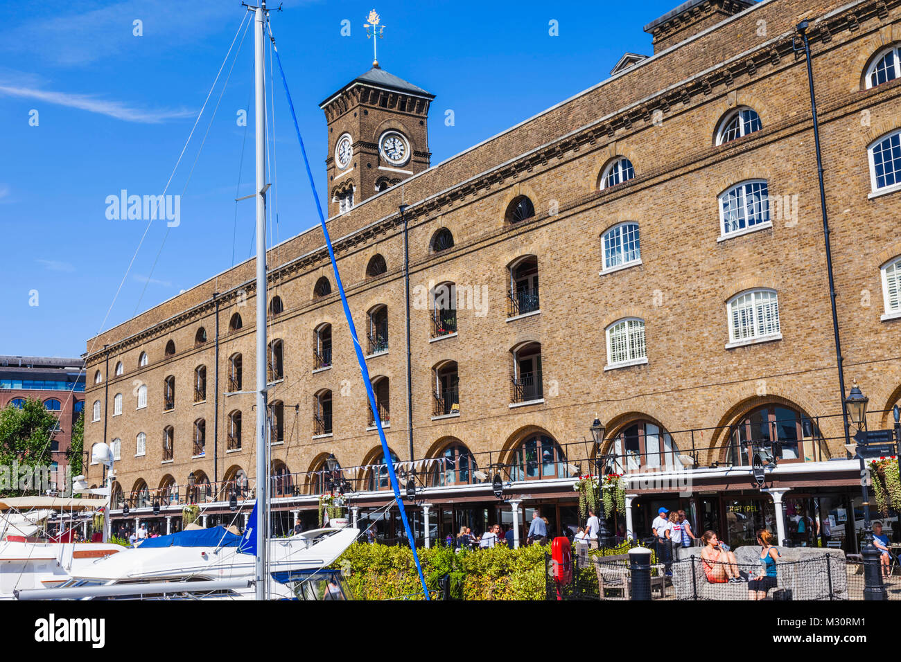 L'Angleterre, Londres, Wapping, St Katharine Docks, Commodity Quay Photo Stock