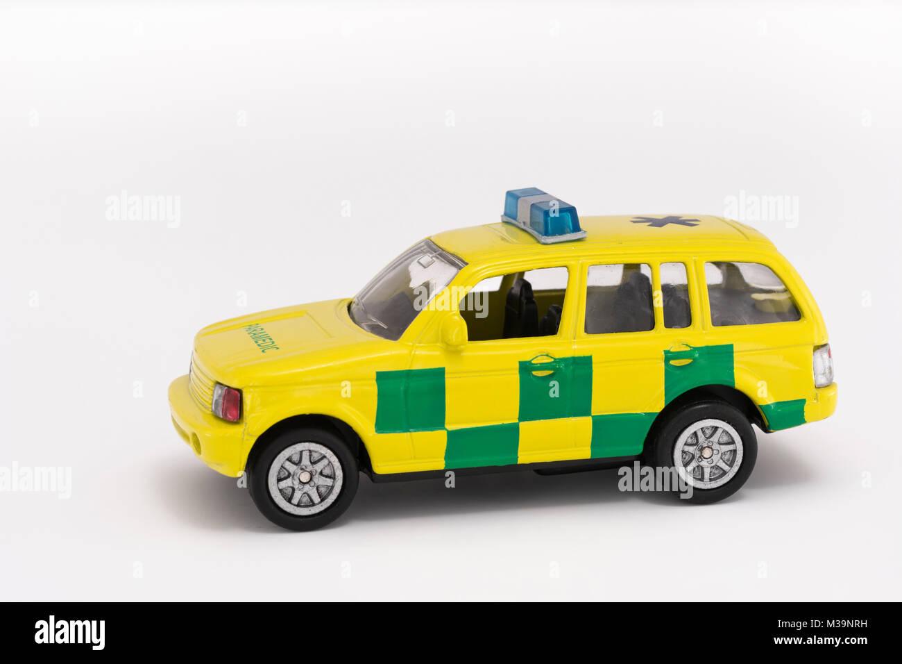 Toy Services paramédicaux d'urgence véhicule - comme métaphore de la notion de services d'urgence Photo Stock
