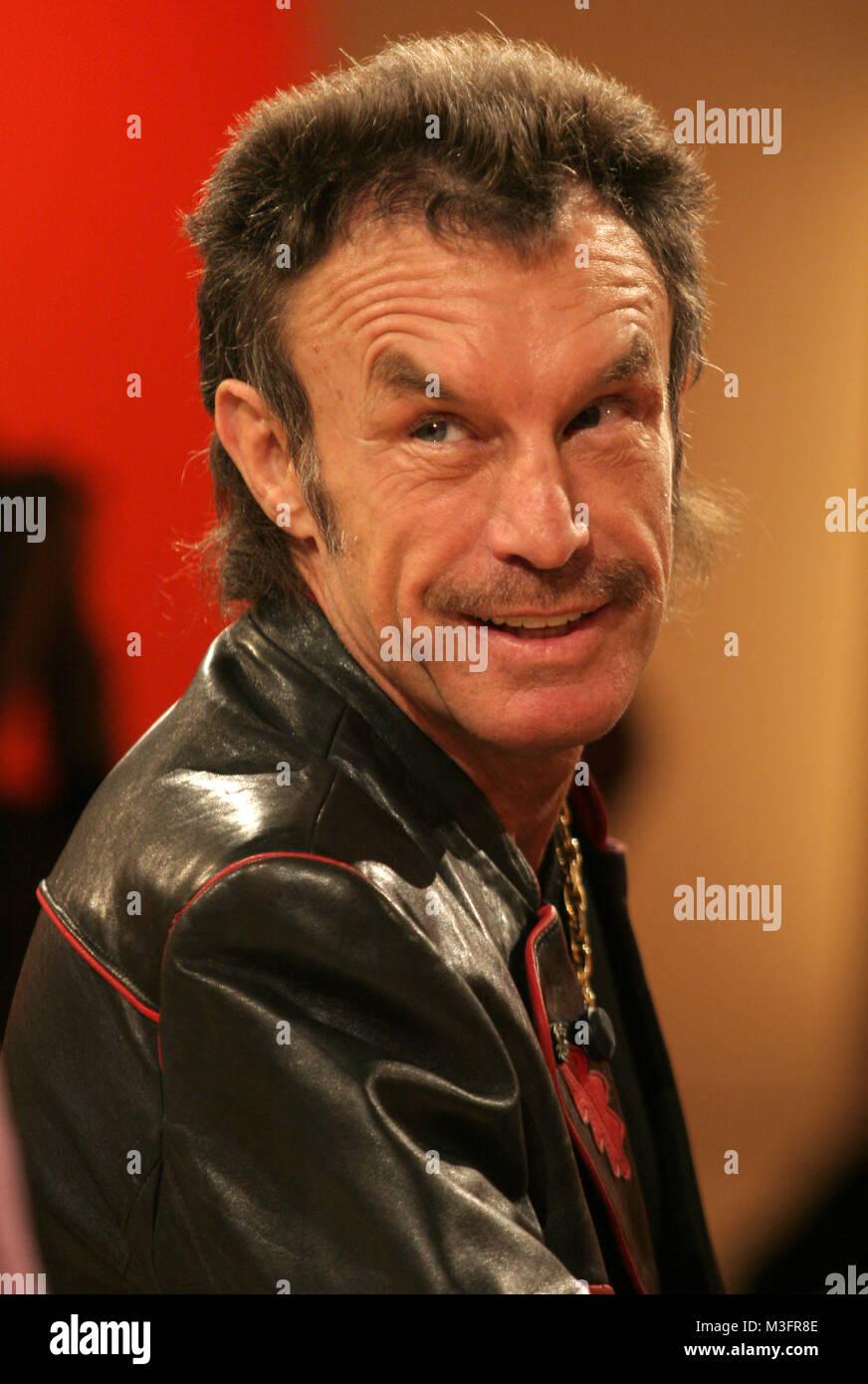 Aktuelle Schaubude vom 03.03.2006, Ex-Box-Profi René Weller verklagt Guenther Jauch. Senneur en Fernsehsendung Photo Stock