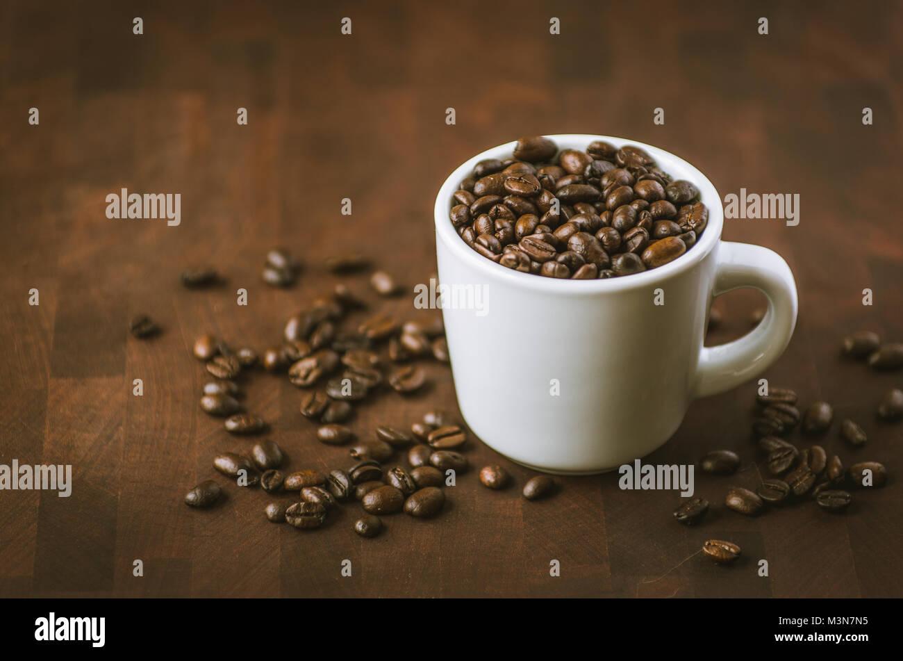 Caffeinated le café moka java beans. L'un des nombreux mélanges préférés meilleur servi Photo Stock