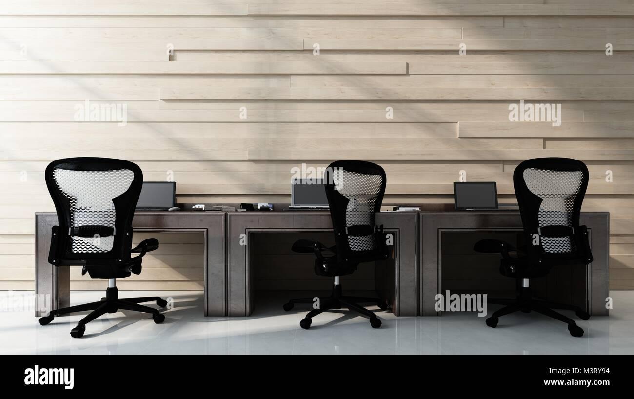 Trois chaises vides à un bureau de poste de travail permanent dans