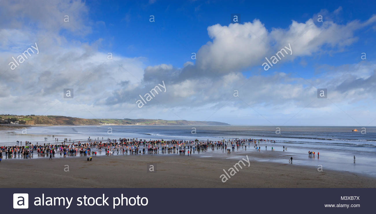Saundersfoot New Years Day nager 2018 Saundersfoot Pembrokeshire Wales Beach Photo Stock